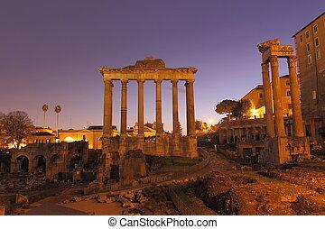 Forum Romanum - Ruins at Forum Romanum at night