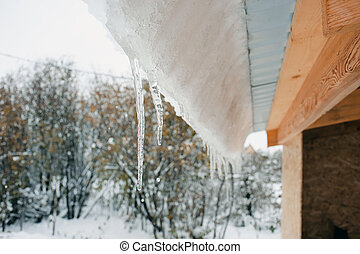 Snowdrift on the roof after snowfall - Snowdrift on the roof...