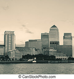 London Canary Wharf - Canary Wharf business district in...