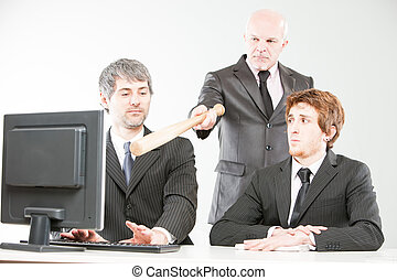 wrong ways of managing a teamwork - boss pointing out to...