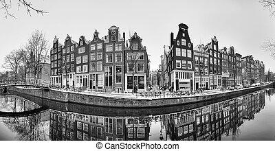 Amsterdam panorama canal BW - Beautiful 180 degree panorama...