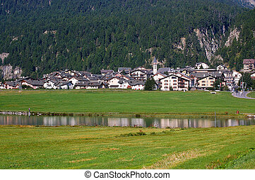Silvaplana Lake and Village - Swiss Alps - The small village...