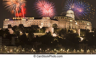 New Year in the city - Budapest with fireworks - New Year in...