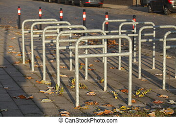 Leerer Fahrradständer aus Metall, Bremen, Deutschland,...