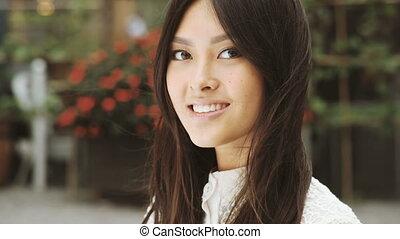 Smiling Portrait of asian woman - Woman smiling - portrait...
