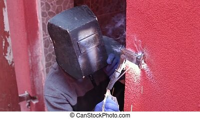 Welder with welding machine