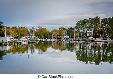 Autumn color at the harbor in St. Michaels, Maryland.
