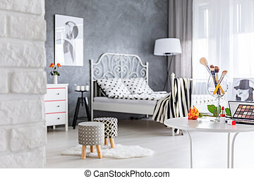 Bedroom with upholstered stools - Grey bedroom with...