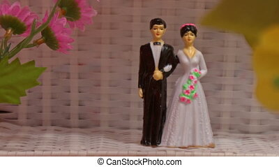 Wedding Decoration of Small Toy Bride Groom Couple - wedding...