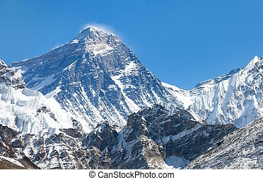 Top of Mount Everest from Gokyo valley with southern saddle...