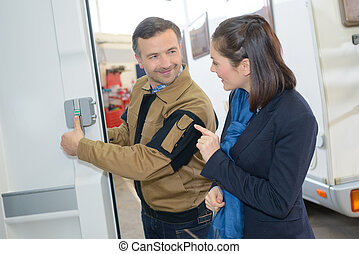 automatic locking device