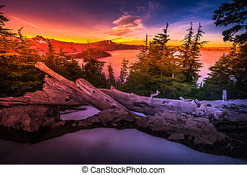 Crater Lake National Park Oregon - Crater Lake National Park...