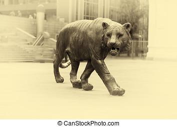Tiger monument in Oslo sepia vignette hd
