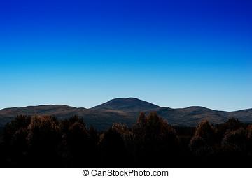 Simple mountain peak landscape background hd