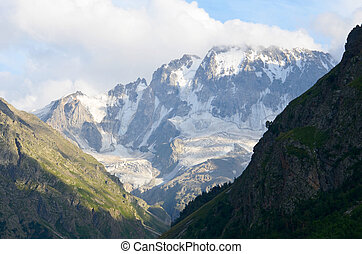 in the foothills of Mount Elbrus - Acclimatization in the...