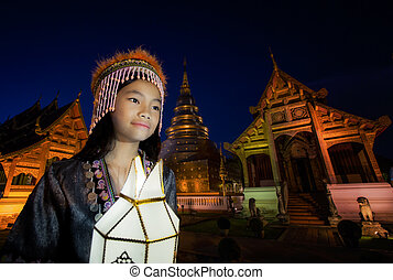 Thai people yeepeng lamp in Phra Singh temple - New year,...