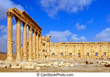 Palmyra Temple Syria - Ancient Palmyra ruins of the temple...