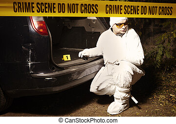 Criminologists collecting odor evidences of crime - Crime...