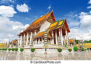 Thai temple, Wat Suthat. - Wat Suthat Thep Wararam is a...