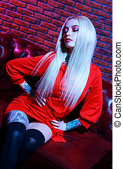 long blonde hair - Extravagant glamorous woman with bright...