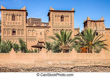 Kasbah in Skoura - One of many beautiful kasbah in Dades...