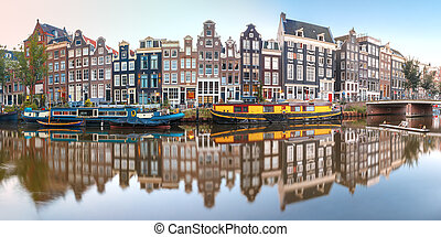 Amsterdam canal Singel with dutch houses, Holland - Panorama...