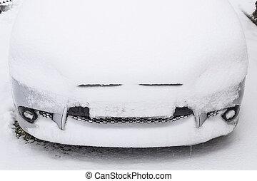Fall asleep wet snow car. Snowfall of wet snow. Snow lying...
