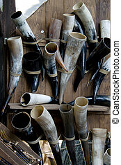 Animal drinking-horns - Original mediaeval drinking-horns -...