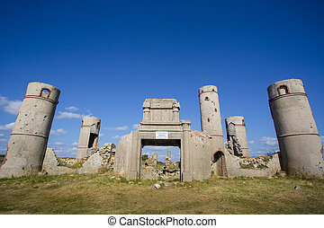 Ruins of the Manor of Saint-Pol Roux - Ruines of the Manor...
