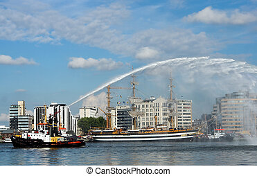 Fire brigade demo - Demonstrations by the river fire brigade...