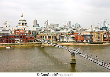 Millennium bridge - Aerial view of Thames River and...