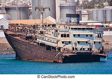 Ship wreck in the Lanzarote Island - Photo picture of a Ship...
