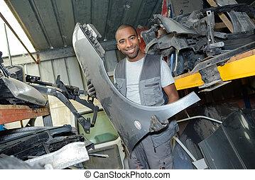 disassembling vehicle parts
