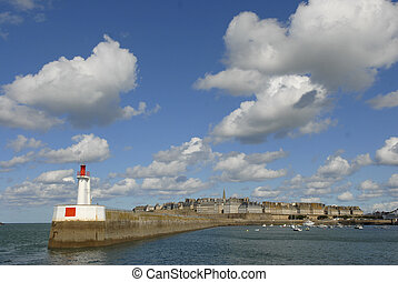 Saint-Malo, Coastal town, Britain, France, harbor -...