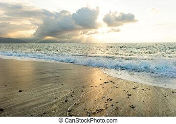 Ocean Sun Rays - Ocean sun rays is a bright uplifting...