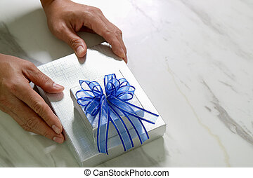 caja, Plano de fondo, regalo, mano, Dar, hombre, tenencia,...
