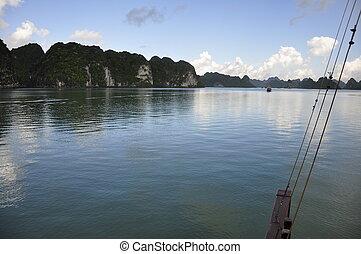 Halong Bay - On the way home at Halong Bay