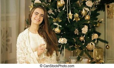 Beautiful woman drinking champagne - Beautiful woman...