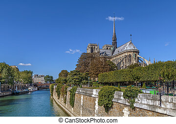 Notre Dame de Paris - Notre-Dame de Paris is a medieval...