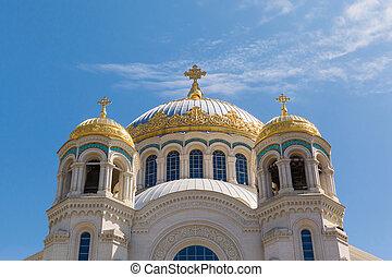 Naval cathedral of Saint Nicholas in Kronstadt,...
