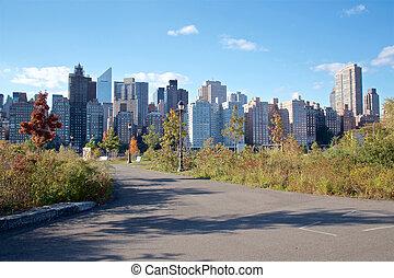 Manhattan Skyline from Roosevelt Island