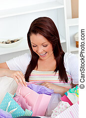 Animated woman with shopping bags