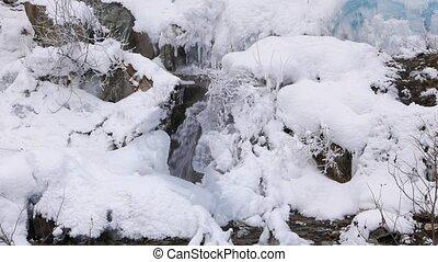 Frozen creek. UltraHD (4K)