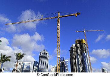 guindastes, cidade, construção, arranha-céu