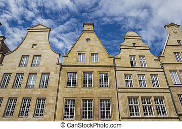 Facades of old houses at the Prinzipal market in Munster -...