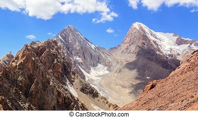Clouds over the pass. Chimtarga, Fans, Tajikistan - Clouds...