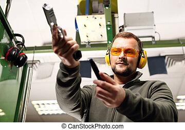 disparando, Gama, hombre