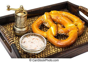 tradizionale, tedesco, birra, spuntino, pretzel