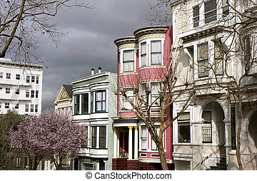 View of San Francisco with Victorian houses in front