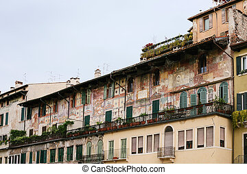 medieval house on Piazza delle Erbe in Verona - travel to...